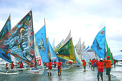 Iloilo Paraw Regatta 2010 Competitive Sailing Native Boats Philippines